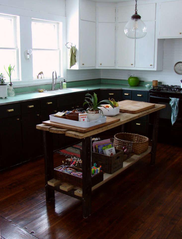 Kitchen of the Week A DIY Kitchen Overhaul for Under 500 portrait 4