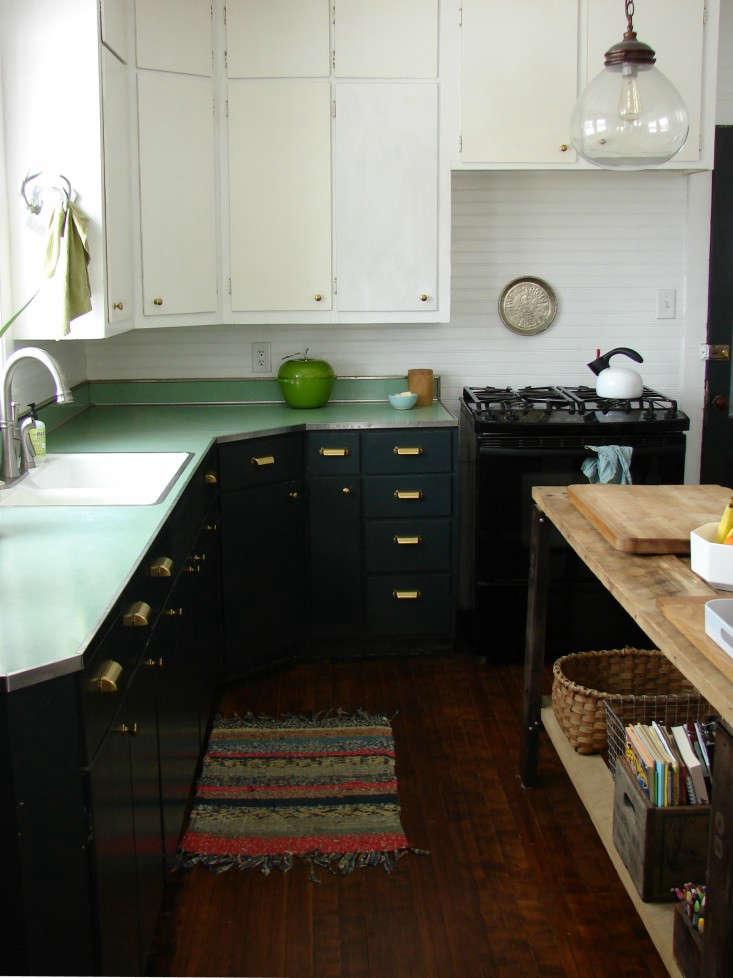 Kitchen of the Week A DIY Kitchen Overhaul for Under 500 portrait 3