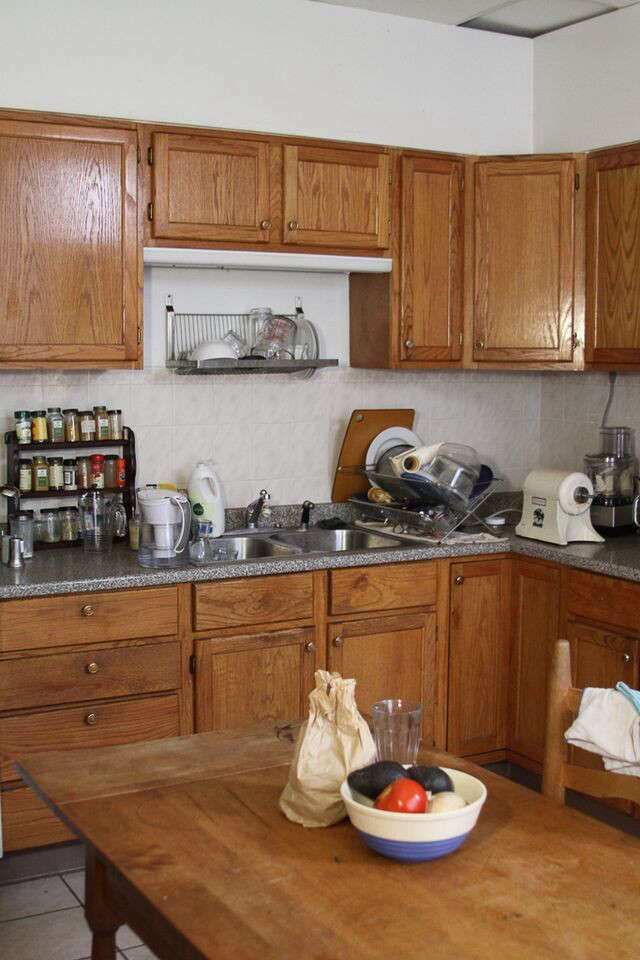 Philadelphia Story Two Creatives Tackle Their Own Kitchen portrait 11