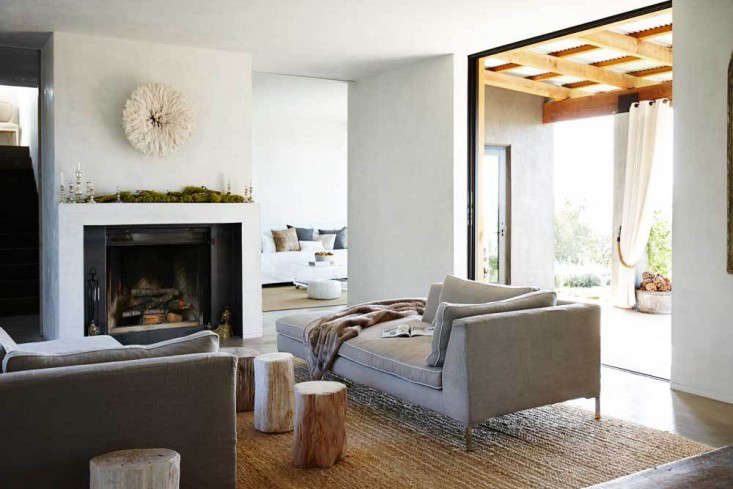 Vote for the Best LivingDining Space in the Remodelista Considered Design Awards 2014 Professional Category portrait 11