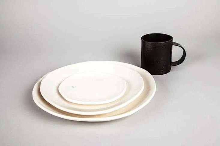 10 Easy Pieces Handmade Dinnerware from Ceramics Studios portrait 11