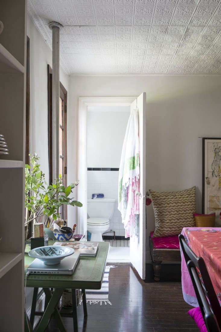 Alayne Patrick of Layla apt photographed by James Merrell 18 Remodelista