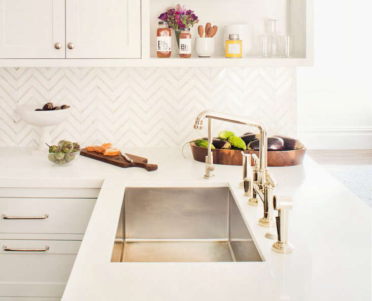 10 Easy Pieces Architects GoTo Traditional Kitchen Faucets portrait 5