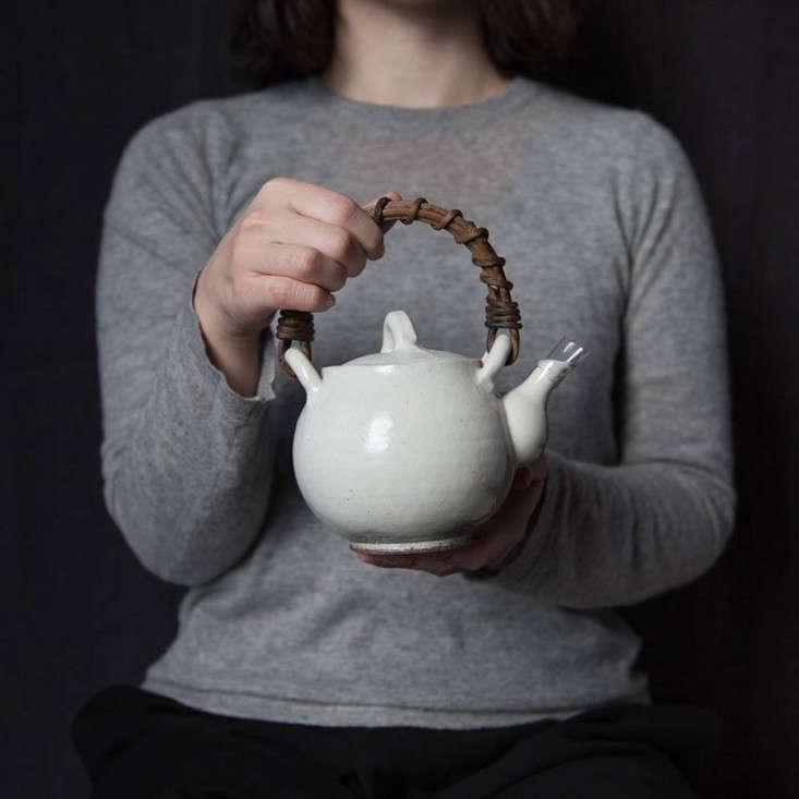 Anzu new york white ceramic teapot