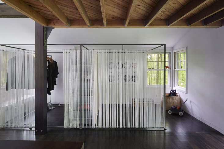 The New Pioneers An Architects OneRoom Family House portrait 12
