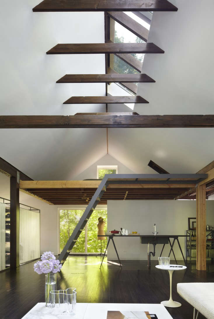 The New Pioneers An Architects OneRoom Family House portrait 9