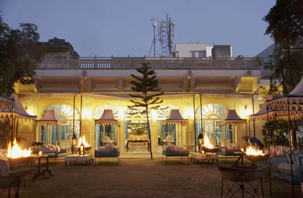 Talk of the Town Fashion Star MarieAnne Oudejans Designs a Bar in Jaipur portrait 16