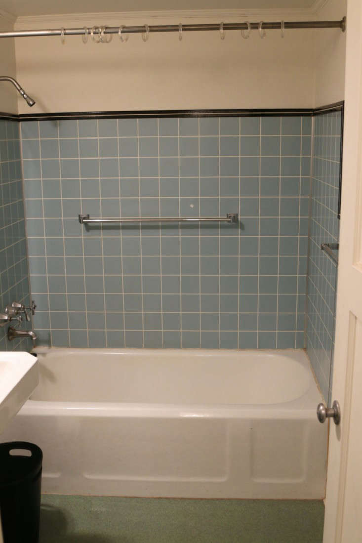 Before  After The TwoWeek Bath Remodel for Less Than 5000 portrait 12