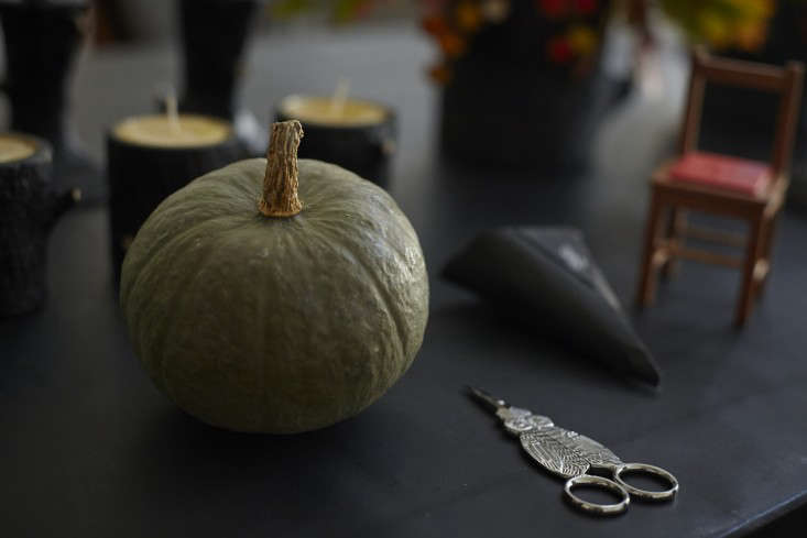 BellOcchio-San-Francisco-How-to-Set-a-Halloween-Tablescape-Tom-Kubik-Remodelista-12