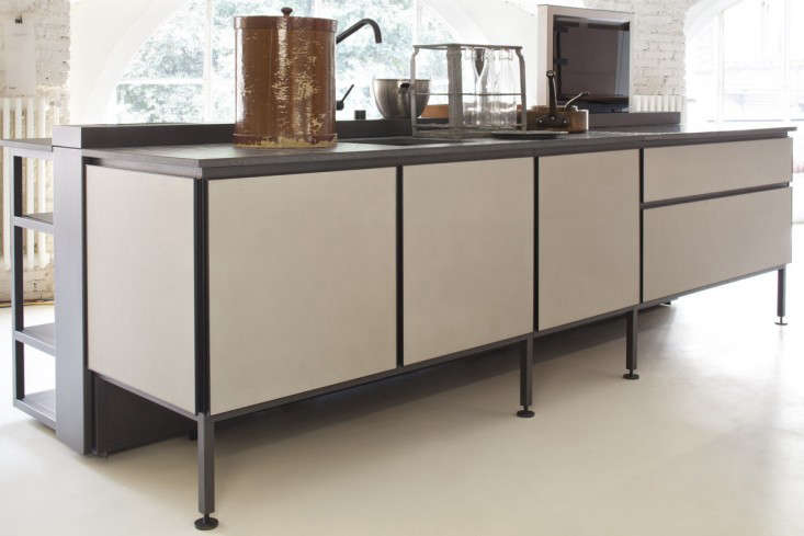 Kitchen of the Week A Modern Kitchen System Inspired by La Dolce Vita portrait 8
