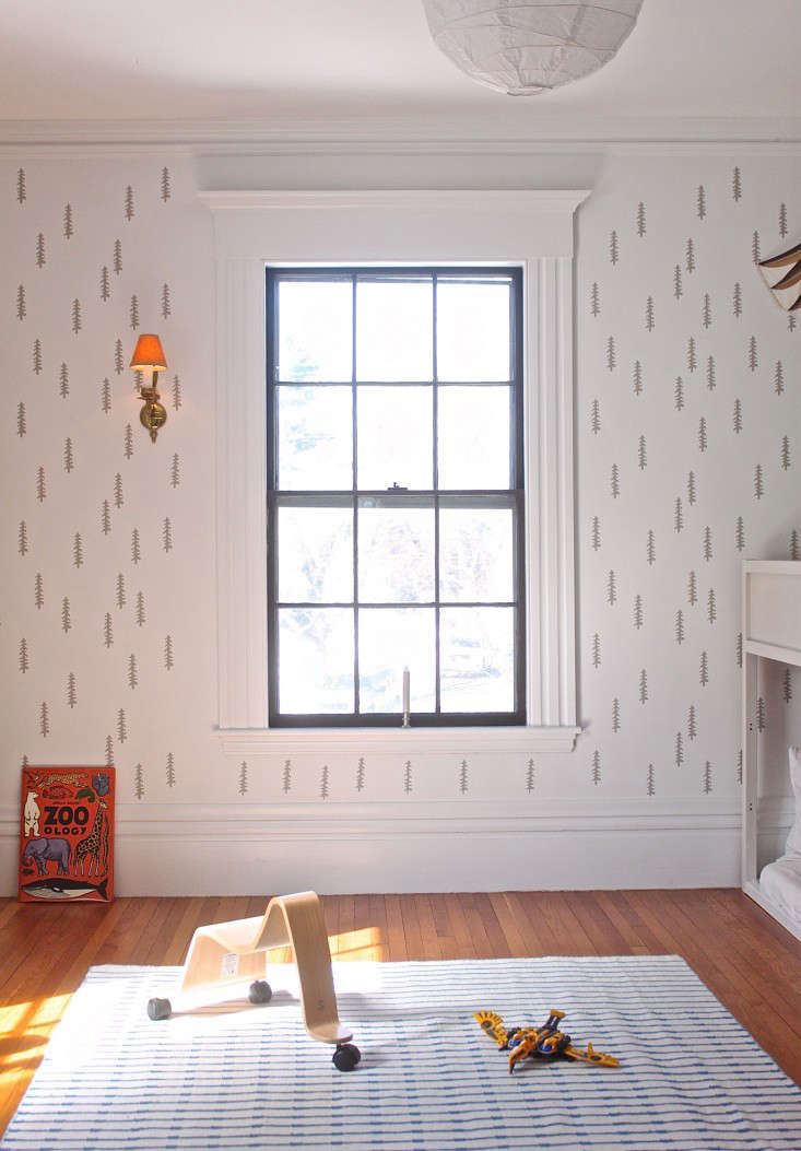 Our own Justine Hand used a tree stencil to pattern the white walls of her son&#8