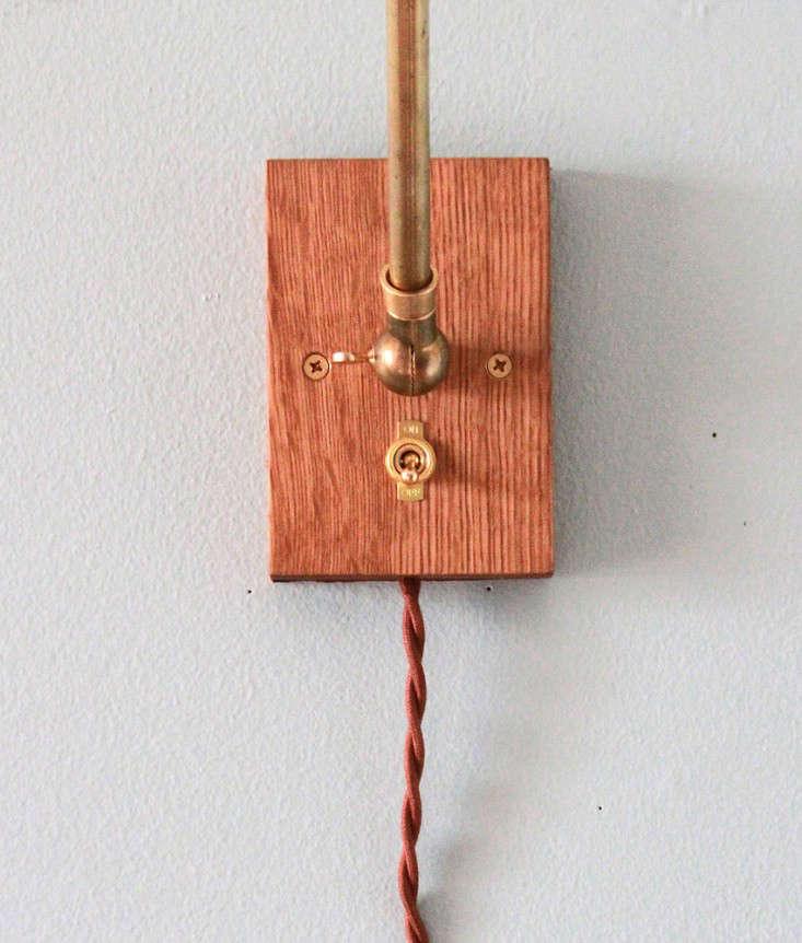 Brass Oak Wall Lamp Allied Maker 01
