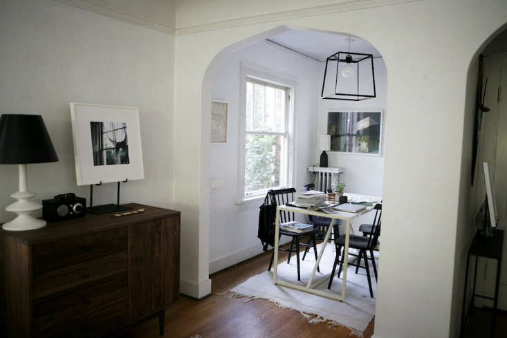 Vote for the Best LivingDining Space in the Remodelista Considered Design Awards 2014 Professional Category portrait 24