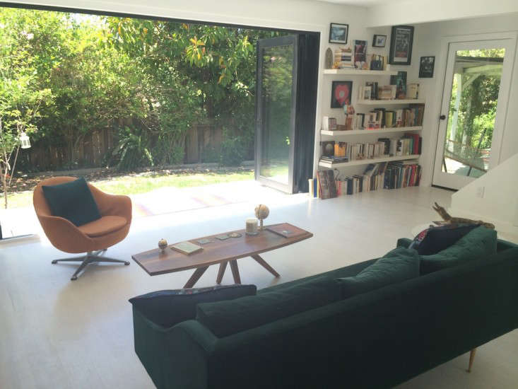 Vote for the Best LivingDining Space in the Remodelista Considered Design Awards 2014 Amateur Category portrait 16