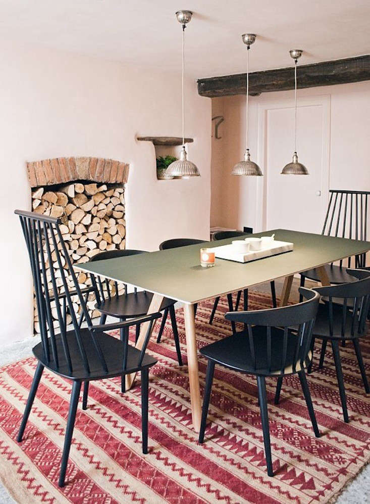 ACopenhague Table (plywood with green linoleum top) is paired withJloading=