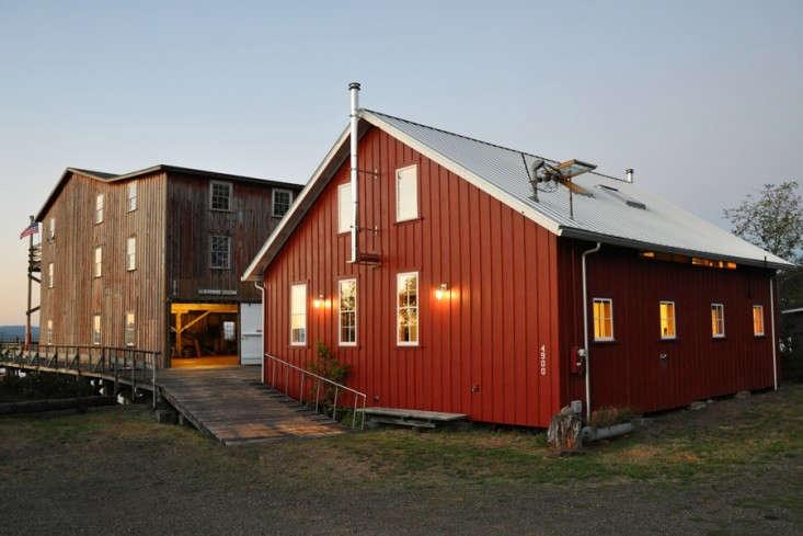 Chadbourne Doss Station Boathouse Oregon 02