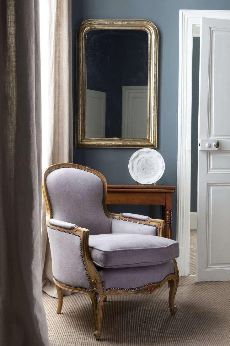 A Burgundy Chteau Hotel Edition portrait 5