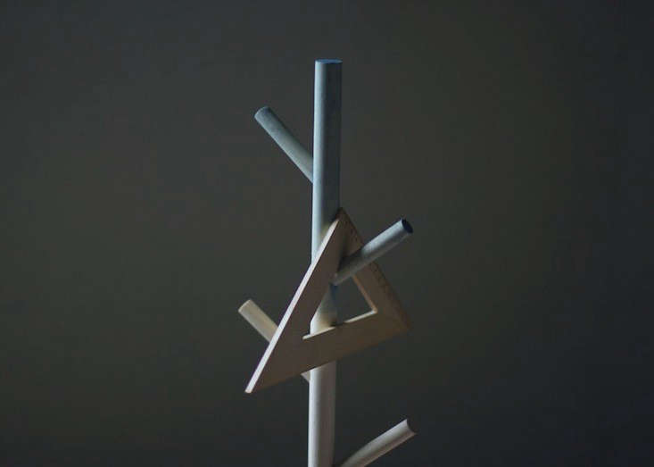 A TreeShaped Table Clamp for Clearing Clutter  portrait 4