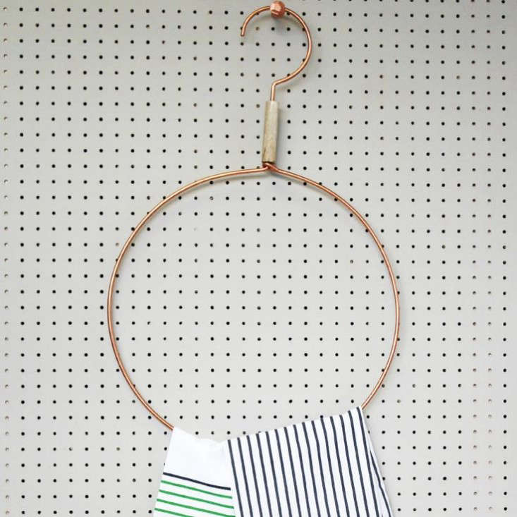 11 Favorites DisplayWorthy Clothes Hangers portrait 10