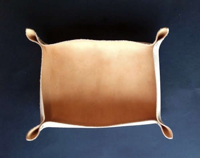 DIY Leather Tray by Izabella Remodelista01