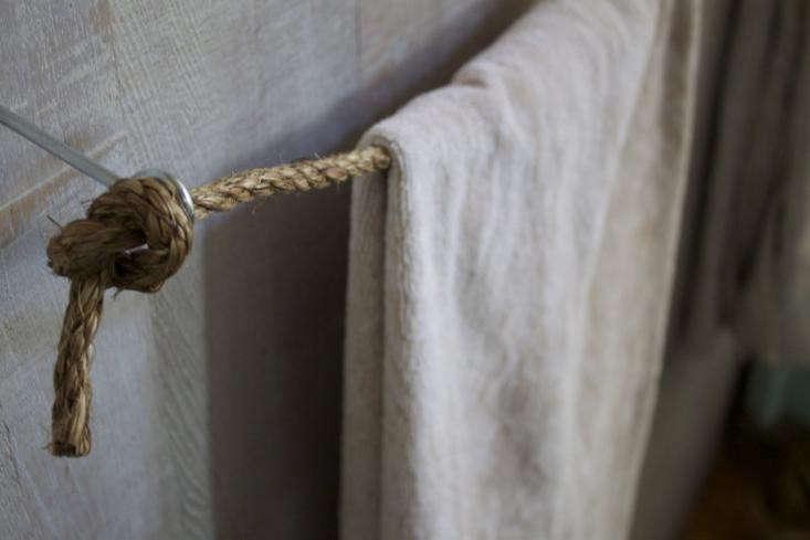 DIY Towel Bar Rope 03 1
