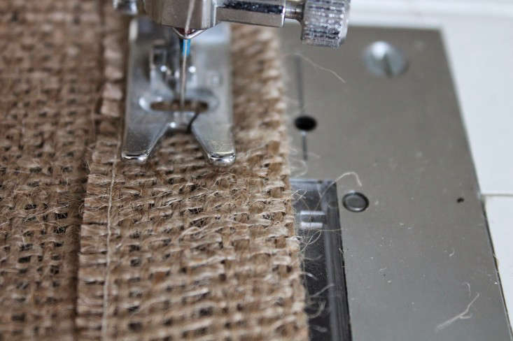 &#8\2\20;the weave is very open in this burlap, so instead of a zigzag stit 13