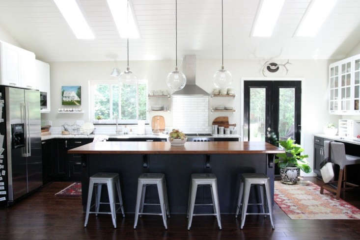 Dana Miller of House Tweaking redesigned her Cincinnati ranch house with Ikea kitchen cabinets and appliances. VisitRehab Diary: An Ikea Kitchen by House Tweaking for the full story.