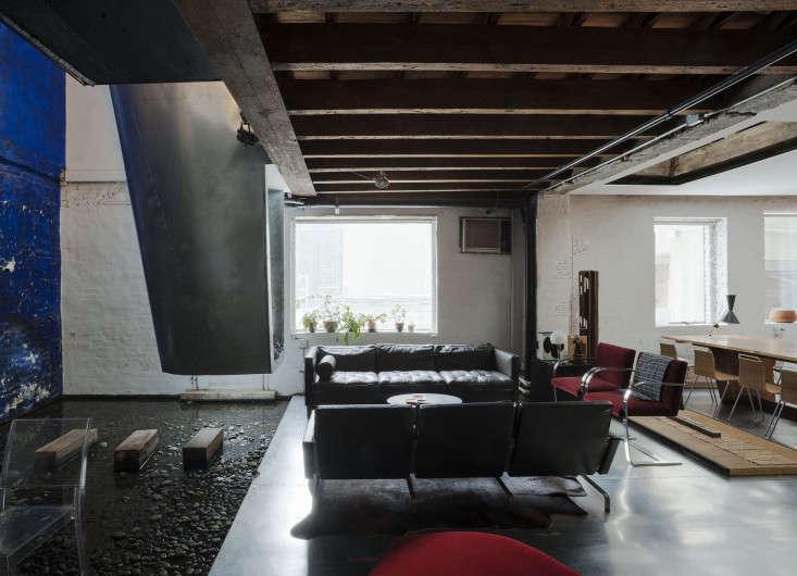 Life on the Edge An Architects Eccentric NYC Loft portrait 7