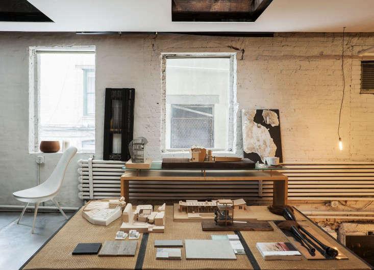 Life on the Edge An Architects Eccentric NYC Loft portrait 15