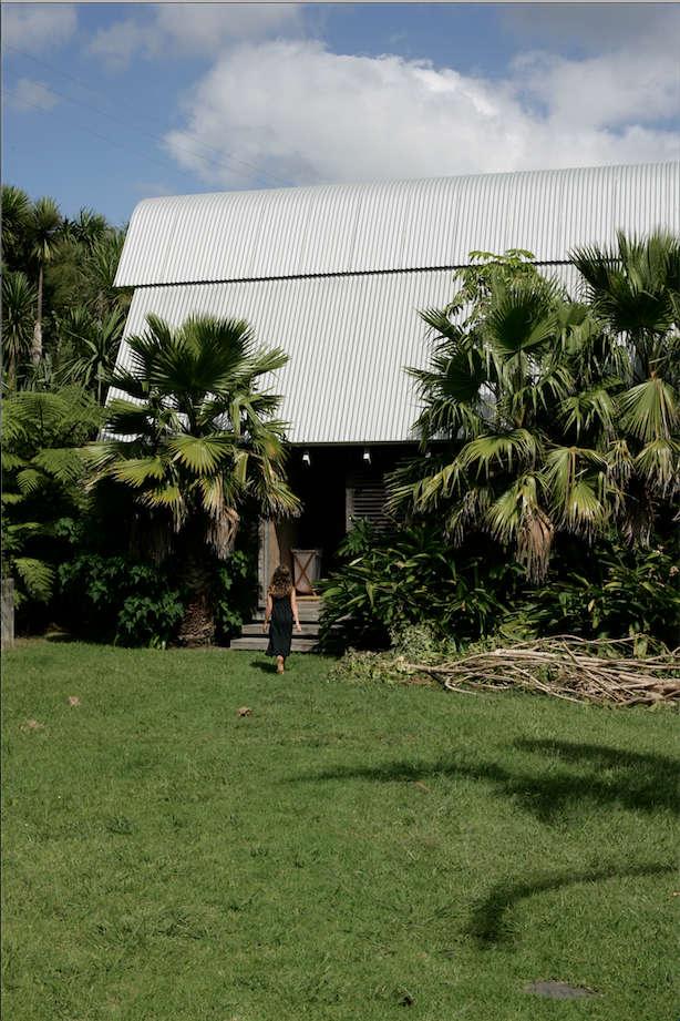 Architect Visit A Kiwi Beach Compound CrossCultural Edition portrait 3