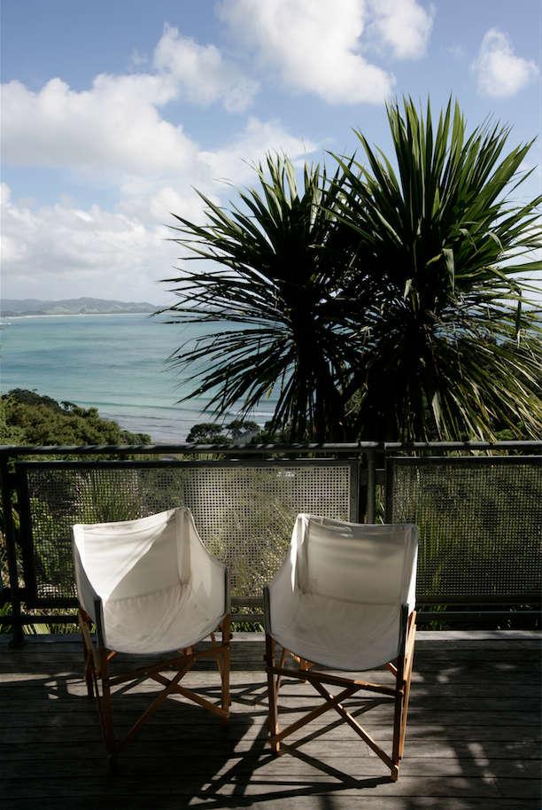Architect Visit A Kiwi Beach Compound CrossCultural Edition portrait 20