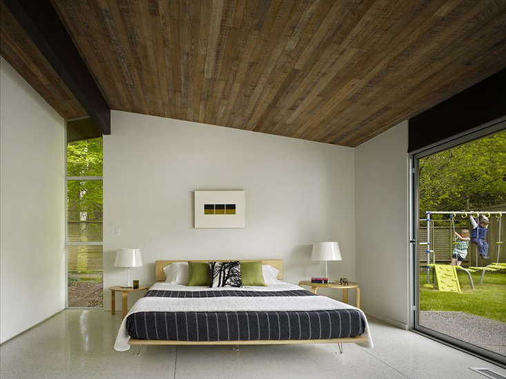 Vote for the Best Bedroom in the Remodelista Considered Design Awards 2014 Professional Category portrait 4