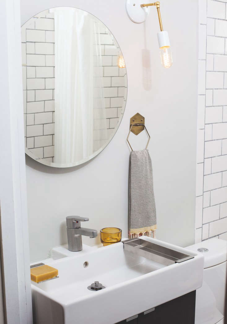 Vote for the Best Bath in the Remodelista Considered Design Awards Amateur Category portrait 3