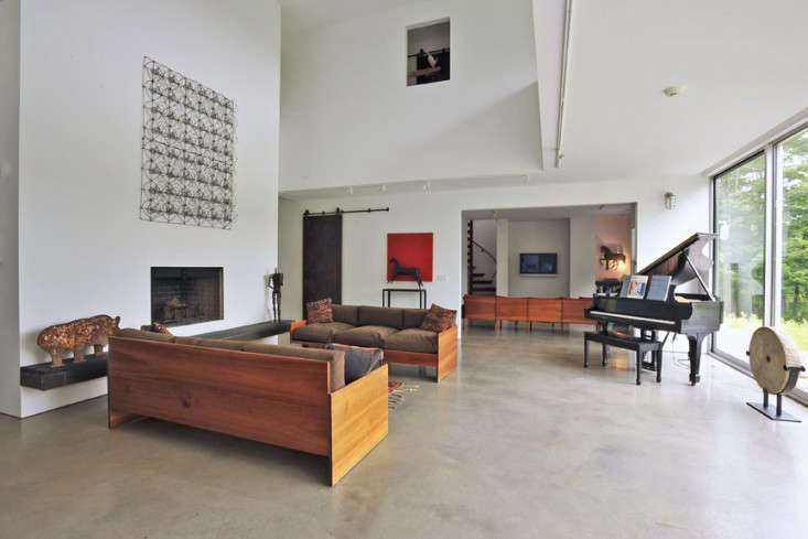 Vote for the Best LivingDining Room in the Remodelista Considered Design Awards Amateur Category portrait 4