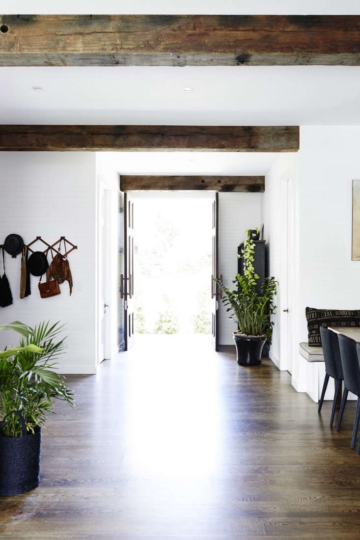 Vote for the Best LivingDining Room in the Remodelista Considered Design Awards Amateur Category portrait 15