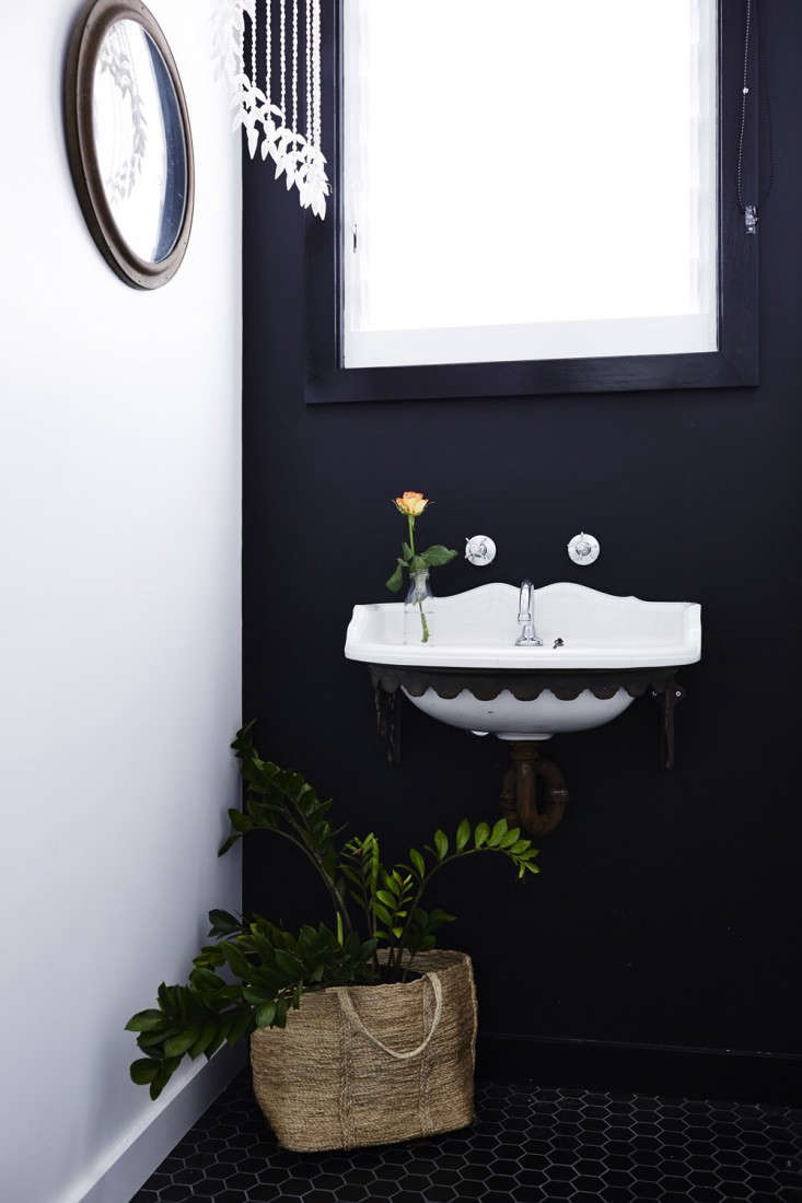 Vote for the Best Bath in the Remodelista Considered Design Awards Amateur Category portrait 11