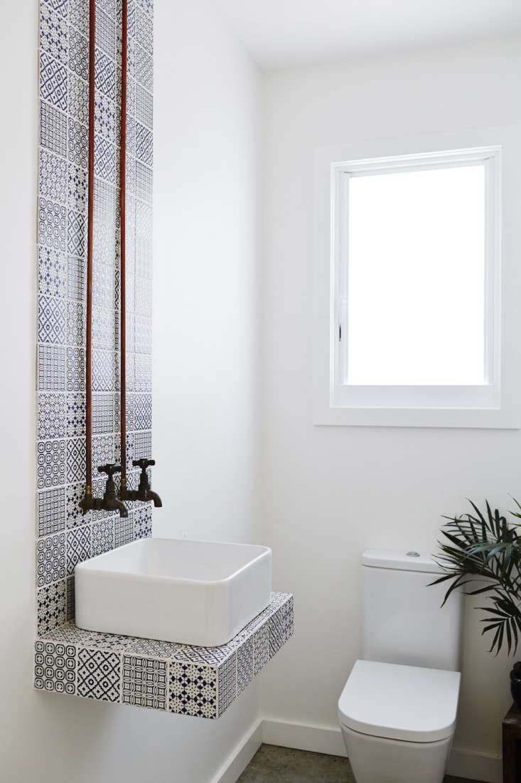 Vote for the Best Bath in the Remodelista Considered Design Awards Amateur Category portrait 13