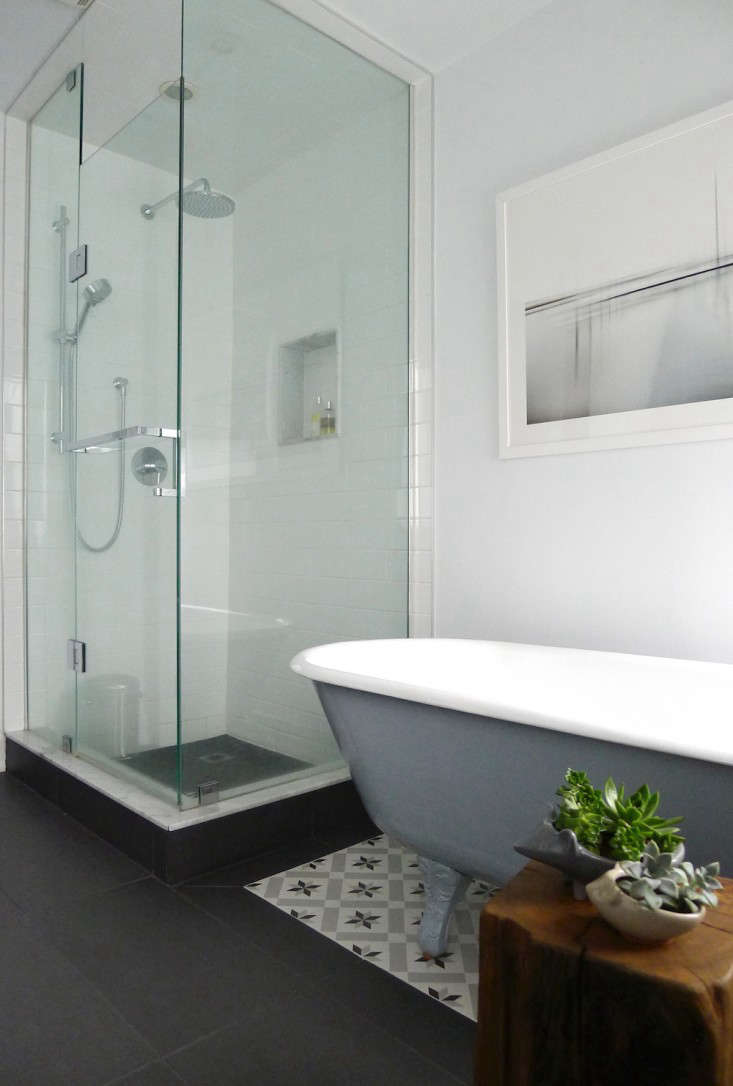 Vote for the Best Bath in the Remodelista Considered Design Awards Amateur Category portrait 19
