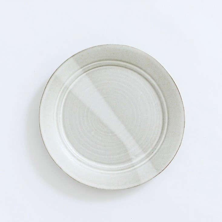 10 Easy Pieces Handmade Dinnerware from Ceramics Studios portrait 7