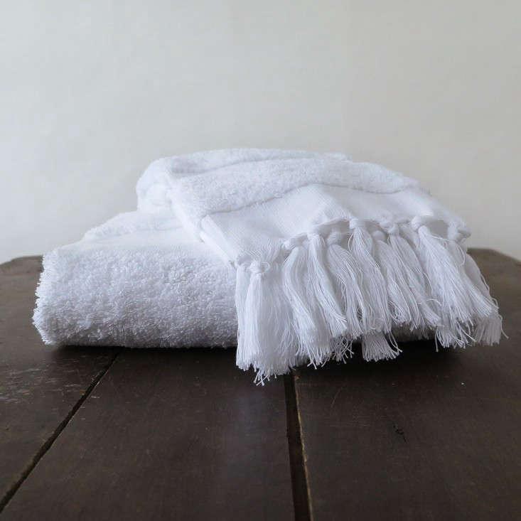 Erica Tanov Turkish tasseled towel Remodelista