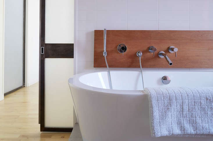 Vote for the Best Bath Space in the Remodelista Considered Design Awards 2014 Professional Category portrait 5