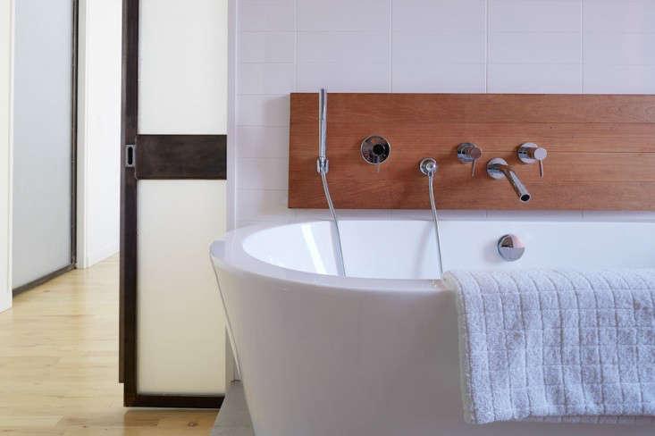Best Professionally Designed Bath Etelamaki Architecture portrait 4