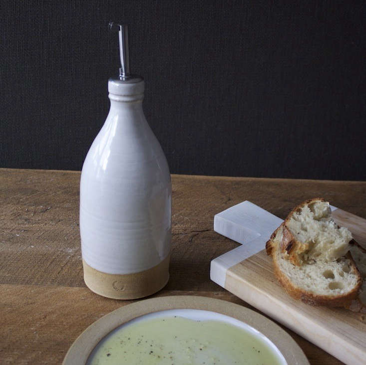 10 Easy Pieces Olive Oil Containers portrait 13