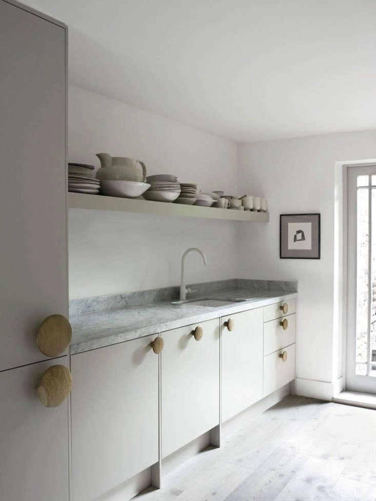 Faye Toogood London Kitchen Remodelista 10 0