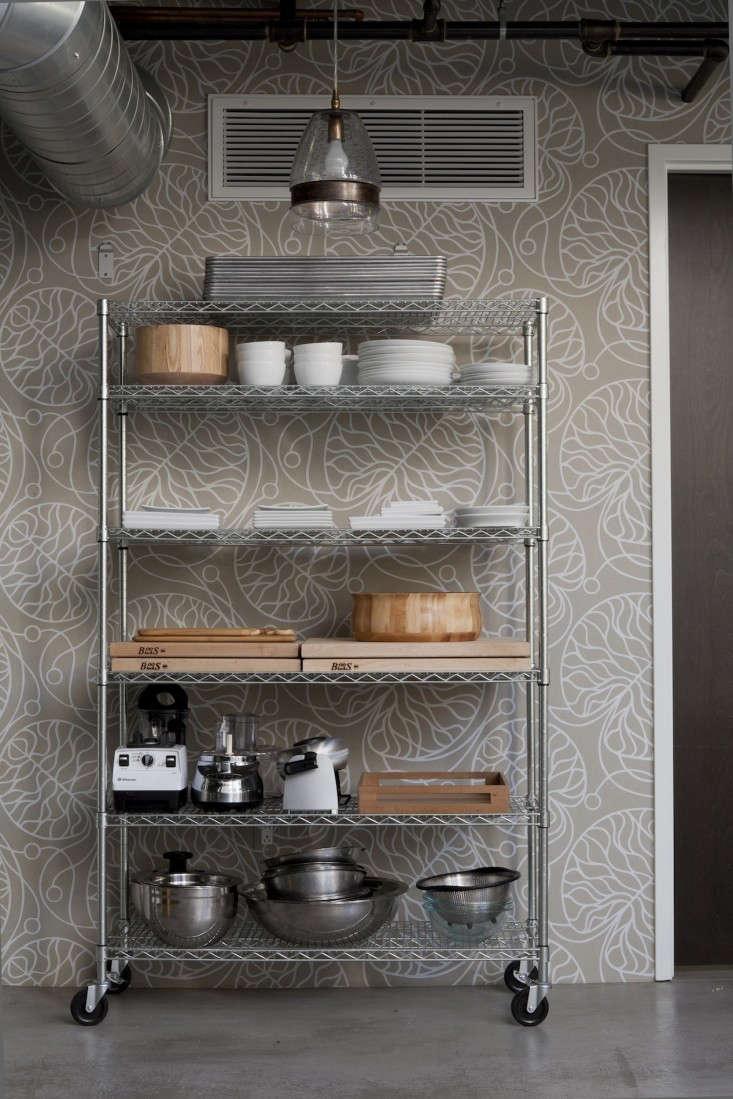 bottna wallpaper by marimekko in alos angeles kitchen designed by disc inte 12