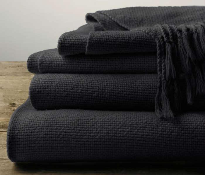 10 Easy Pieces Lightweight Cotton Blankets portrait 4