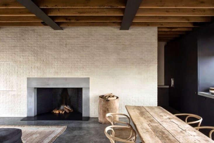 20 Questions Julianne Moore and Vincent Van Duysen Talk Design portrait 8