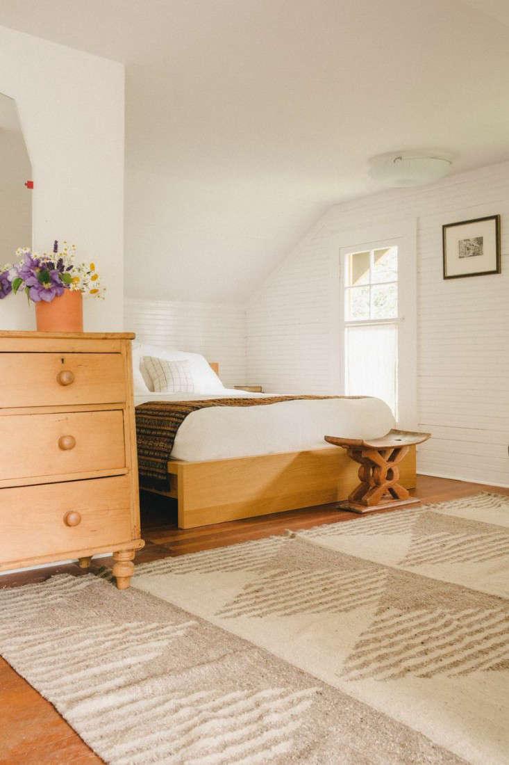The New Homesteaders Chelsea and James Minolas Craftsman Quarters on Bainbridge Island portrait 8
