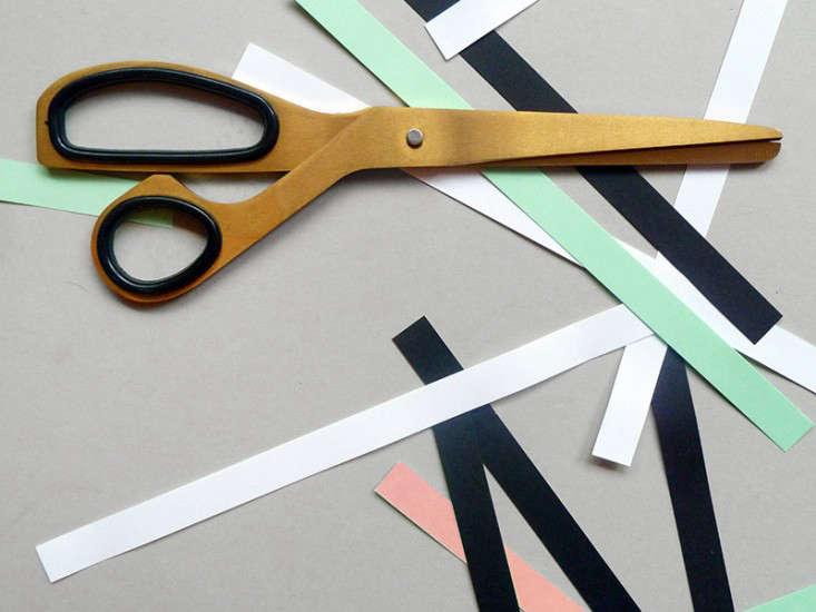12 DesignWorthy Scissors portrait 3