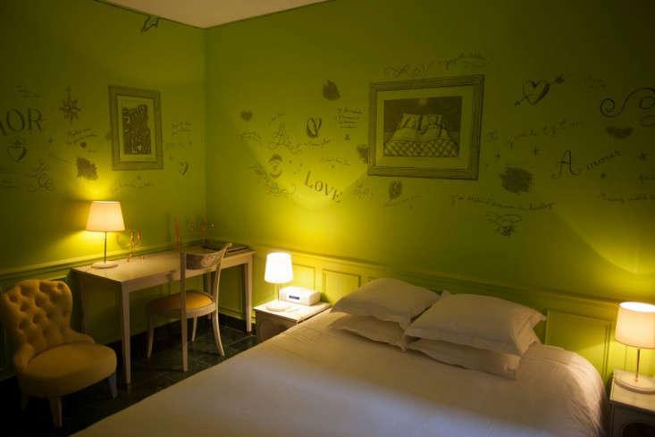 Escape to Love Hotel Amour in Paris portrait 10